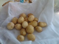 potatoes in a muslin
